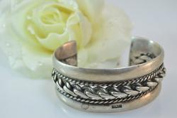 Rope Detailed Chain Link Cuff Bracelet Silver