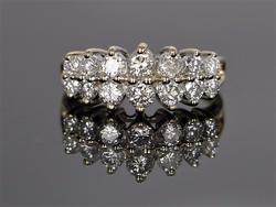 Beautiful 14kt Gold Diamond Band Ring