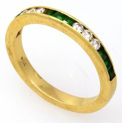 Amazing Diamond & Emerald Band in Gold, Size 8.25