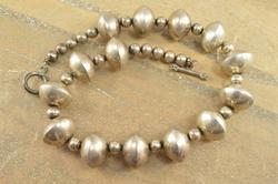 Alternated Ball Ridged Beaded Necklace Silver