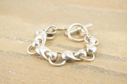 Ornate Infinity Circle Link Curvy Toggle Closure Bracelet Silver