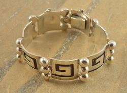 Greek Key Dot Accent Safety Chain Bracelet Silver