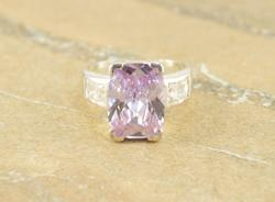 Faceted Purple Prong Set Channel Clear Stone Accent Ring Sz 8 Silver