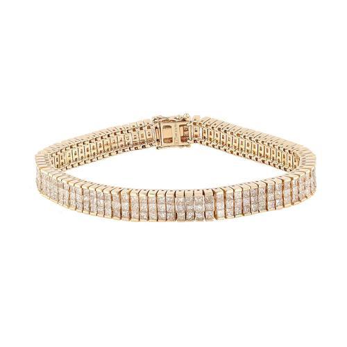 Captivating 13.76 ctw Diamond Bracelet