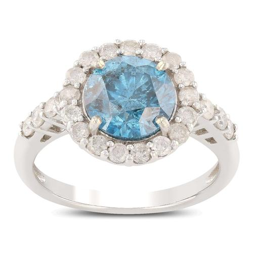 A uniquely colored Diamond Ring