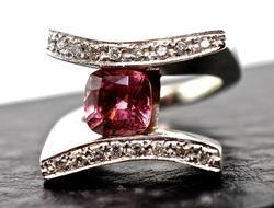 Modern Pink Tourmaline 14K Ring