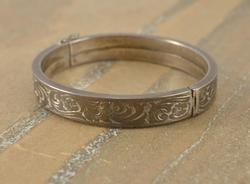 patterned bangle Bracelet Silver