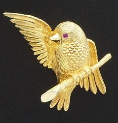 18KT Yellow Gold Bird Pin