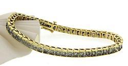 Tasteful Diamond Tennis Bracelet