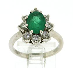 Certified Exquisite 18kt Emerald & Diamond Halo Ring