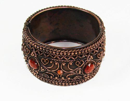 Charming Art & Craft handmade Elaborate Design Bracelet