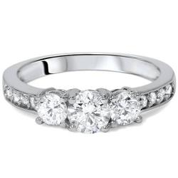 Perfect Diamond Engagement Ring in Solid Gold