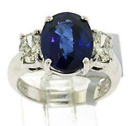 Exquisite 14kt Sapphire & Diamond Ring