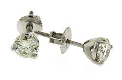 Elegant 14kt Diamond Studs