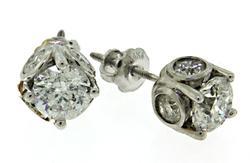 Gorgeous 14kt Diamond Stud Earrings