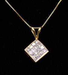 Glittering Diamond Pendant on 17in Gold Chain
