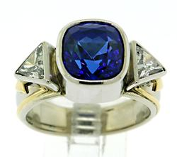 Outstanding Tanzanite and Diamond Ring