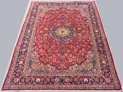 Lovely 1960s Authentic Handmade Vintage Persian Isfahan