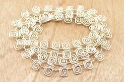 Spiral Hook Link Necklace Silver