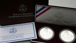1999 Dolly Madison 2-Piece Commemorative Set. Box/CoA