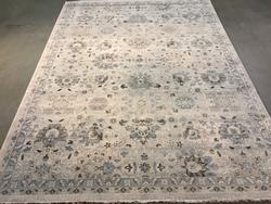 Magnificent Italian Made Vintage Reproduction Rug 8x11