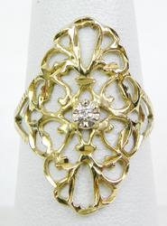 Elegant 10K Filigree Ring with Diamond