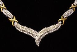 Diamond V-Necklace in Vermiel, 17in