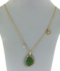 REMARKABLE GREEN SERPENTINE SLICE & DIAMOND NECKLACE