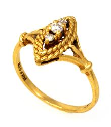 Vintage-Style Diamond Ring in Gold, Size 6.25
