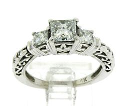 Luxe 14kt Ladies Diamond Ring
