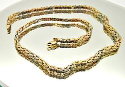 18 KT WHITE AND YELLOW GOLD BYZANTINE CHAIN.
