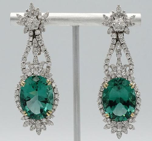 Royal 18kt Gold, Green Amethyst, & Diamond Earrings