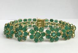 14kt Gold Floral Style 33 Carat Emerald Bracelet
