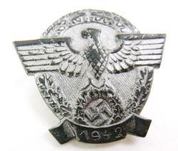 1942 German Nazi Police Tinnie Pin Back