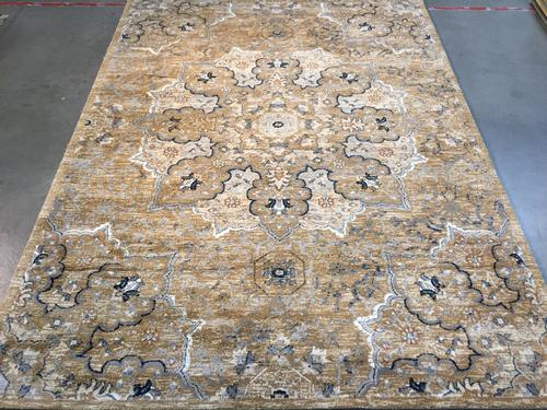 Super Soft Silky Feel Traditional Vintage area Rug 7x10