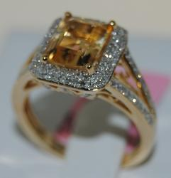 14kt Gold Citrine & Diamond Cocktail Ring