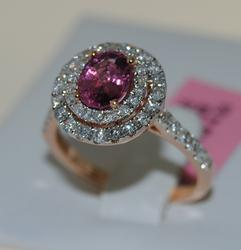 Very Elegant 18kt Gold Cocktail Spinel & Diamond Ring
