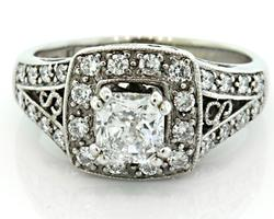 E/VS2 Radiant Cut Diamond Ring with Halo