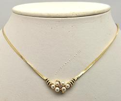 Elegant Diamond & Pearls Necklace in 14kt Gold