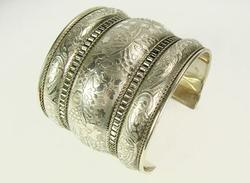 Attractive Ethnic Handcrafted Beautiful Cuff Bracelet