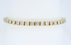 Stunning 6ctw Diamond Tennis Bracelet, 14K