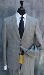 An Elegant Slim Fit Suit To Complete Your Wardrobe