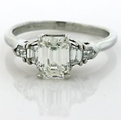 Luxurious Emerald Cut Diamond Ring in Platinum GIA Cert