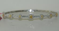 18kt Gold Yellow & White Diamond Bangle