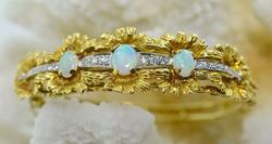 Eye Catching Opal & Diamond 18K Bangle