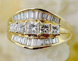 Sparkling Tapered Field of Diamonds 14K Ring