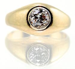 Vintage 2/3 Carat Diamond 18K Unisex Ring