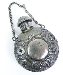 Wonderful Victorian Vinaigrette Scent Bottle