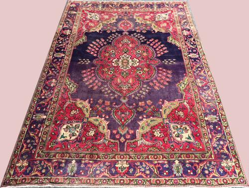 Highly Decorative 1950s Authentic Hand Woven Vintage Royal Persian Rug