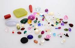 Liquidator 154 CTS of Mixed Gems, Post Jewelry